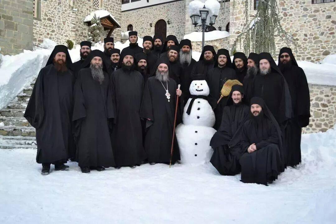 монахи на Афоне