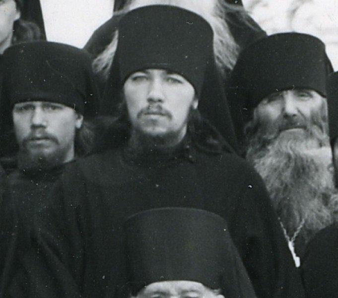 архим Тихон Агриков