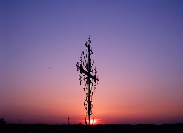 Оптина пустынь. Крест