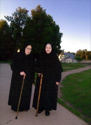 схимонахини Иоанна и Анастасия
