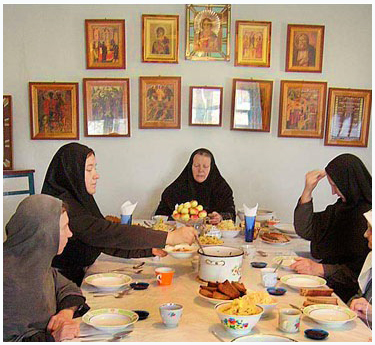 Оптина Пустынь – молитва перед трапезой