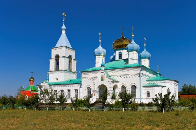 г. Токмак, Свято-Амвросиевский мужской монастырь